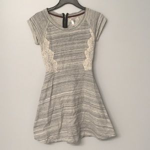 Short sleeve comfortable dress